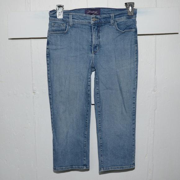 NYDJ Denim - NJDJ womens capris size 8 -340-